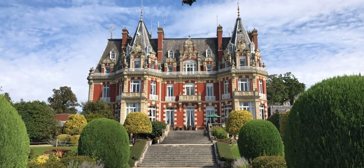 drone-inspection-chateau-impney-1