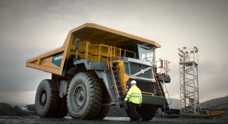 Volvo Construction Equipment – R100E Rigid Hauler